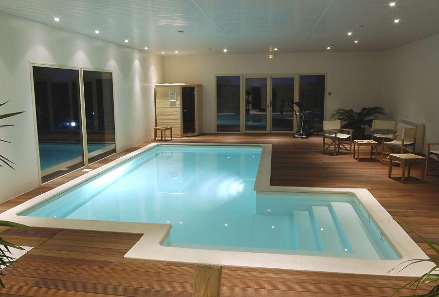 Vnitřní bazén v domě