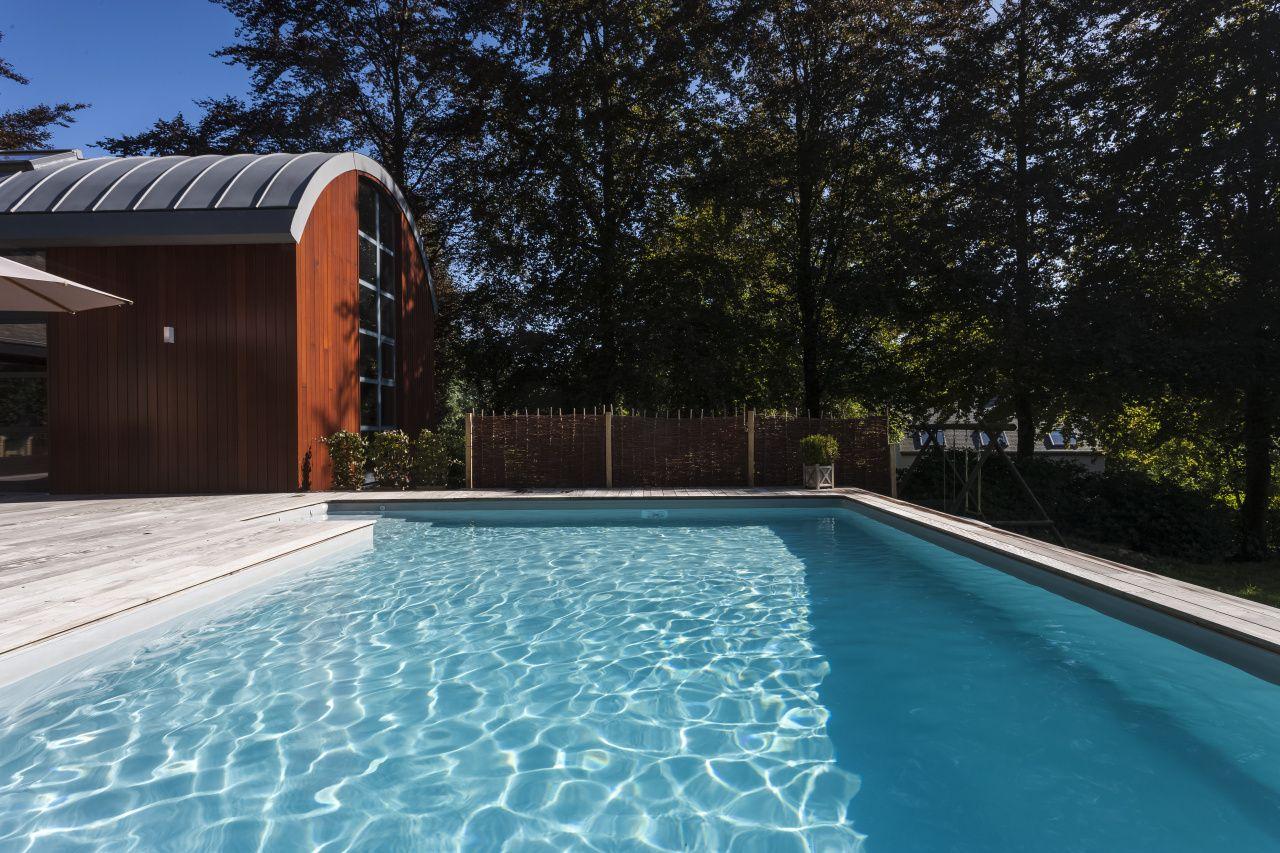 Bazén do země